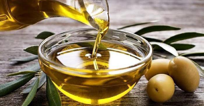 Corso per assaggiatore di olio d'oliva in partenza presso la Camera di Commercio di Bari
